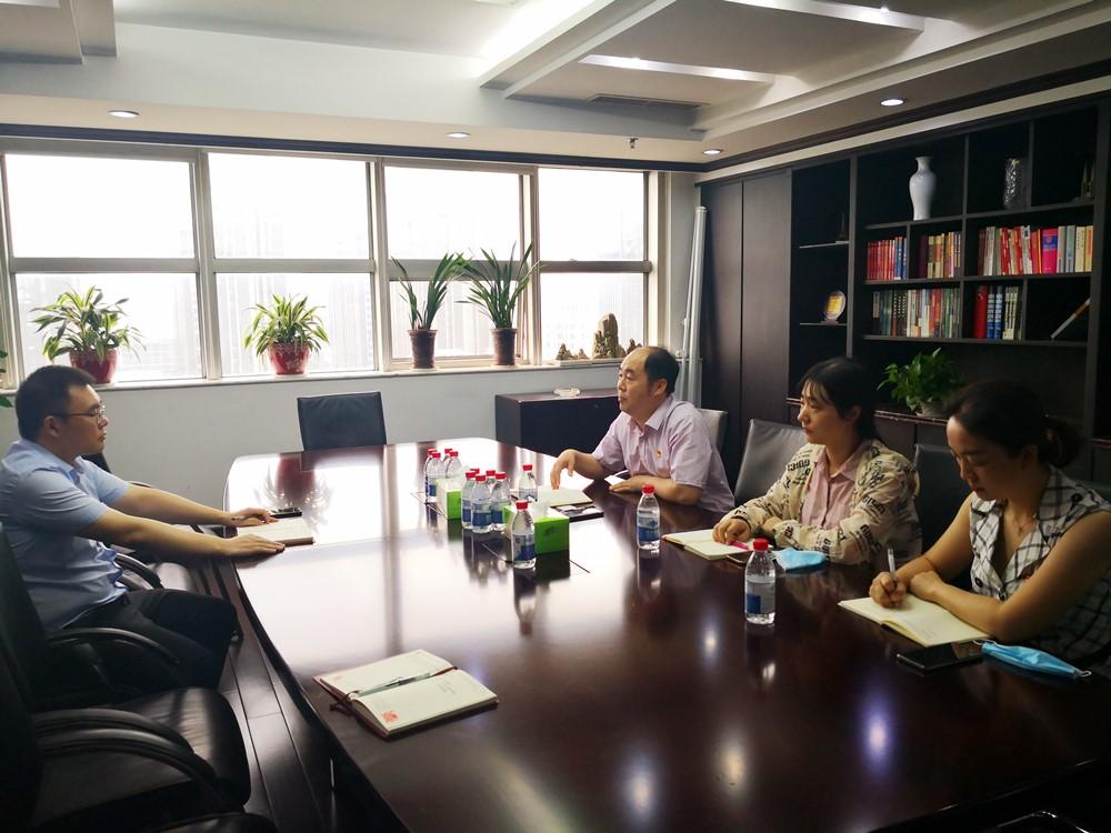 新街口街道党委与江海党支部开展共驻共建合作